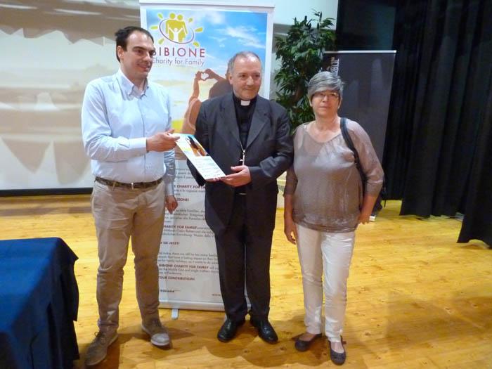 Profughi cristiani parte bibione charity for family - Artigianato per cristiani ...
