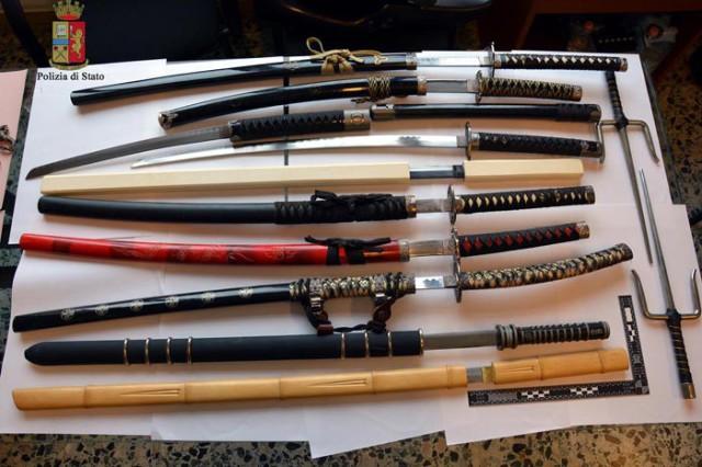 Sequestrate spade, coltelli e bastoni a tre giovani veneziani