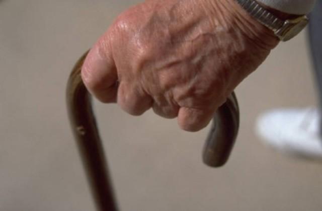 Arrestata a Chioggia una donna che raggira un anziano