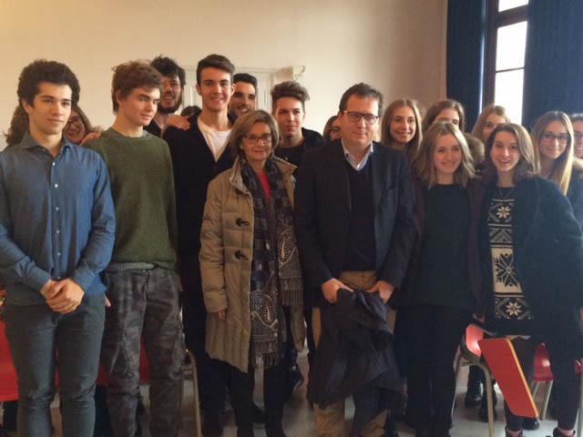 Il sindaco di Treviso incontra le classi del Canova coinvolte nei fatti di Parigi