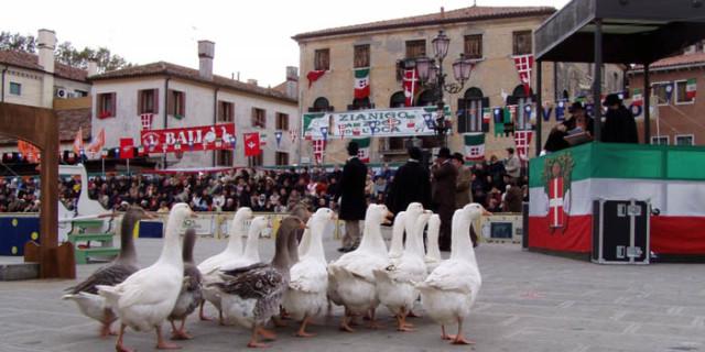 Zogo de l'Oca in Piazza