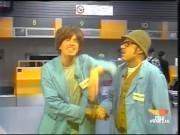 Carlo e Giorgio sciò: due operai in aeroporto
