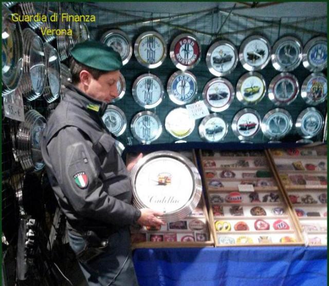 Sequestrati prodotti contraffatti al Motor Bike Expo di Verona