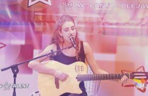Carolina Cury