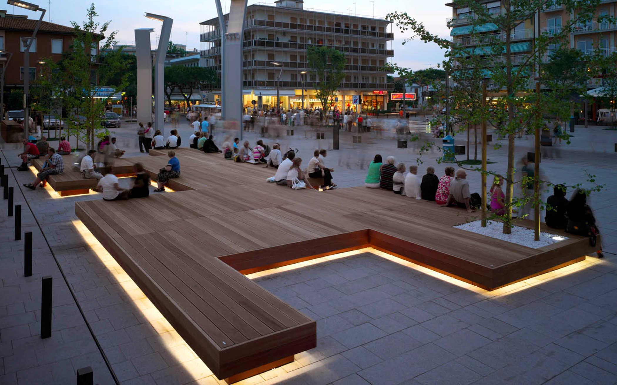 Ascom non strumentializziamo piazza mazzini venezia for Mobiliario espacio publico