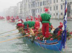Regata dei Babbi Natale
