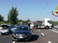 Incidente sulla tangenziale 7 mezzi coinvolti e 3 feriti 1