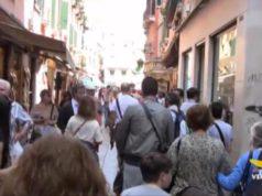 Venezia: 20 mila turisti di troppo ogni giorno