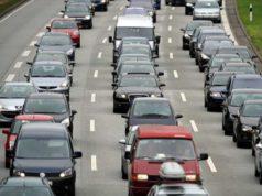 Incidente tra due auto e una moto in A4: 5 KM di coda
