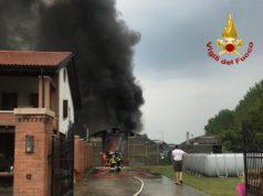 A fuoco un capannone di un'azienda agricola a Scorzè