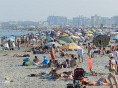 Abusivismo in spiaggia a Chioggia: sequestrati 1400 articoli