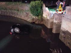 Auto nel canale a Chioggia