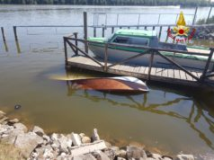 Barchino si rovescia in laguna: 76 enne muore annegato