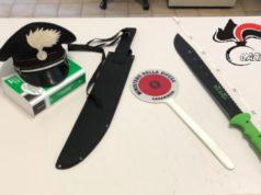 Bibione, gira tra la gente con un machete: denunciato