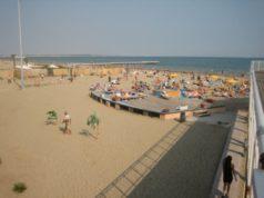Furto in spiaggia al Blue Moon: denunciati 3 giovani nordafricani