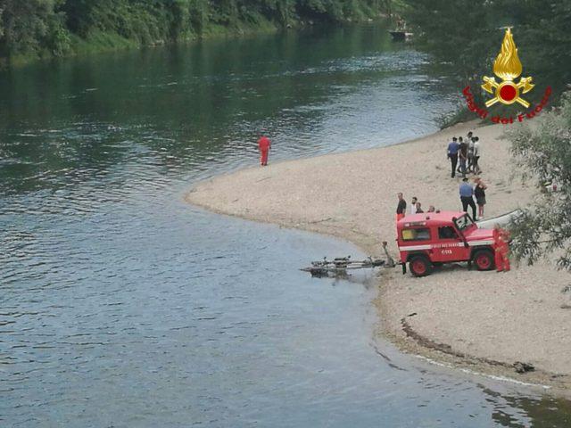 Giovane muore annegato nel fiume Brenta