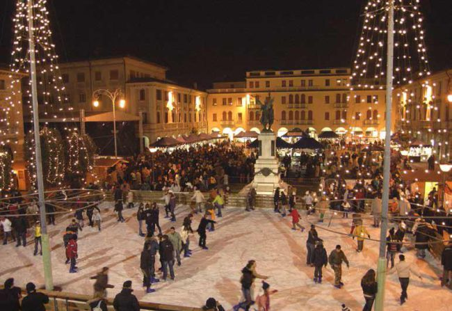 Calendario Mercatini Veneto.Metropolis Mogliano E Natale 2018 Il Calendario Venezia