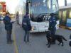 Scuole sicure: studenti abbandonano la droga in autobus