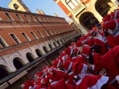 V edizione della Corsa dei Babbi Natale a Venezia