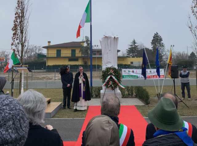 Inaugurato a Jesolo il monumento dedicato ai martiri delle foibe