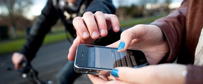 Localizza il cellulare rubato: denunciato il ladro