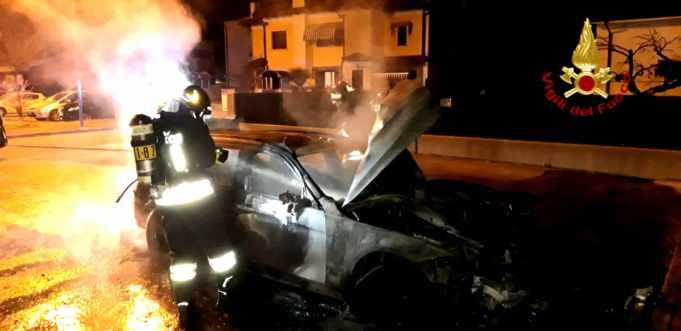 Pramaggiore, Bmv distrutta dalle fiamme