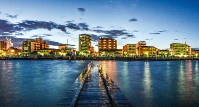 Jesolo: turista tedesco muore dopo essere scivolato in mare